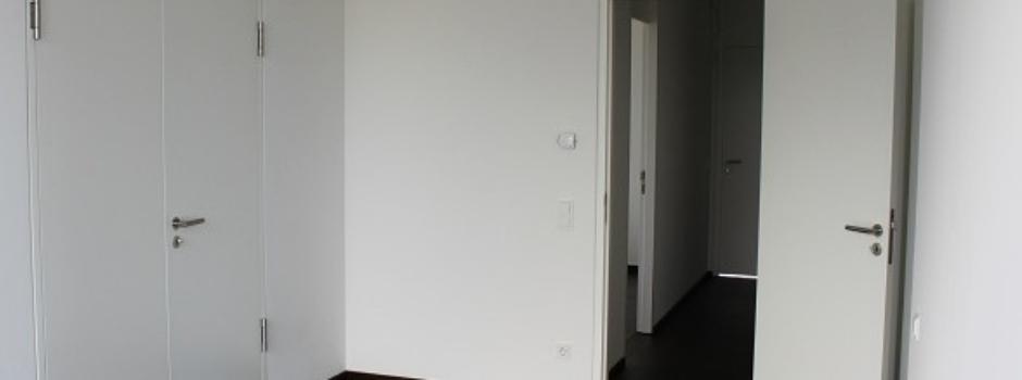 Türen: Montage und Verkauf